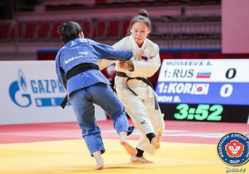 Россияне завоевали «золото» соревнований среди юношей и возглавили общий зачет турнира Кано
