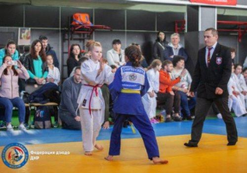 В Донецке прошел турнир по дзюдо среди девушек