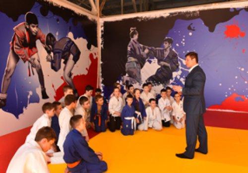 В Донецке открыли ещё один спортивный зал для юных самбистов и дзюдоистов